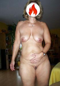 Noemi donna matura a Brescia non mercenaria
